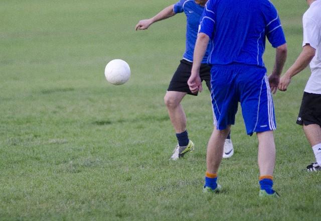 サッカープレイ
