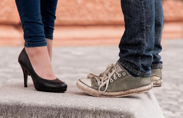 男性と女性の靴